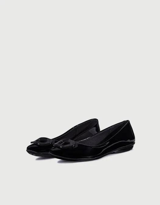 balerinas negras de charol primavera verano 2021 Calzados Viamo