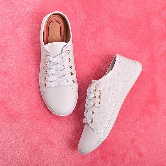 zapatillas blancas verano 2021 Calzados Moleca