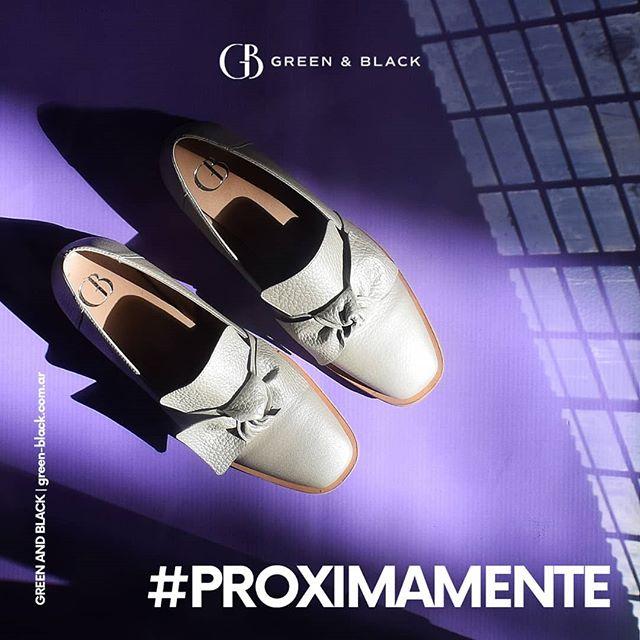 zapatos blancos verano 2021 Green and black