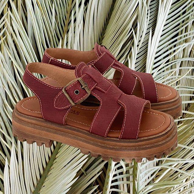 Sandalias bordo de cuero verano 2021 Las Motas
