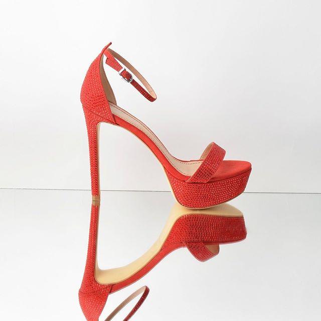Sandalias rojas altas primavera verano 2021 Ferraro Calzados