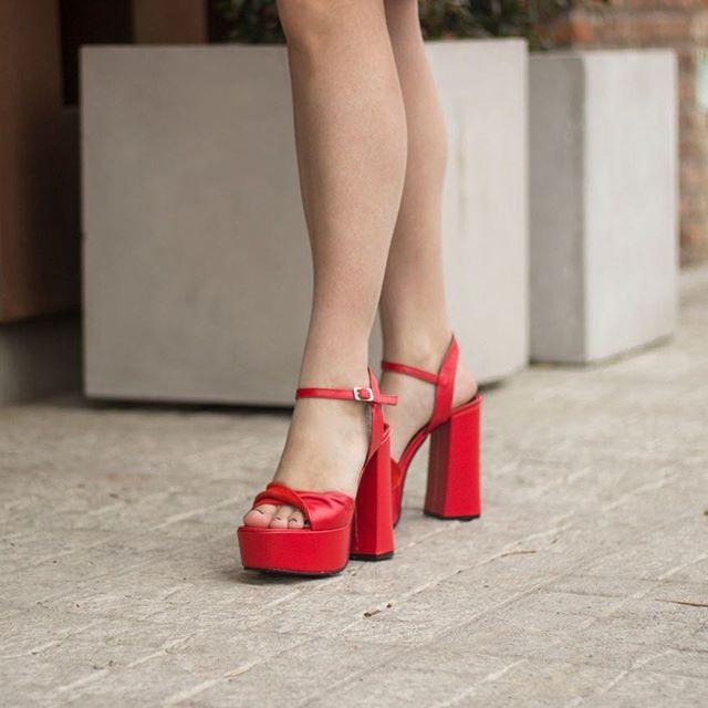 Sandalias rojas verano 2021 Maggio Rossetto