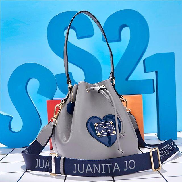 cartera gris verano 2021 Carteras Juanita Jo