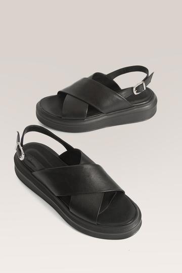 sandalia negra plana verano 2021 Bendito Pie