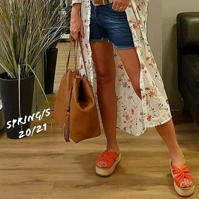 sandalias naranja verano 2021 Oggi