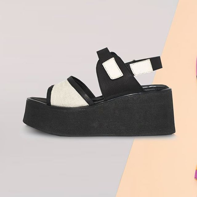 sandalias negras y blancas primavera verano 2021 Calzados Vemmas