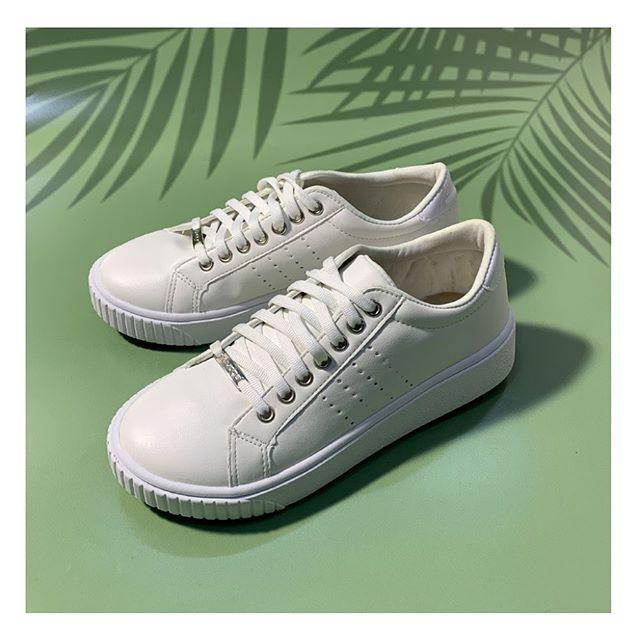 zapatillas blancas primavera verano 2021 Calzados Tops