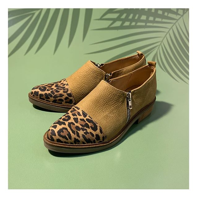 zapatos leopardo primavera verano 2021 Calzados Tops