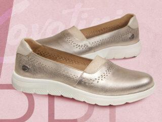 zapatos planos dorados verano 2021 Cavatini