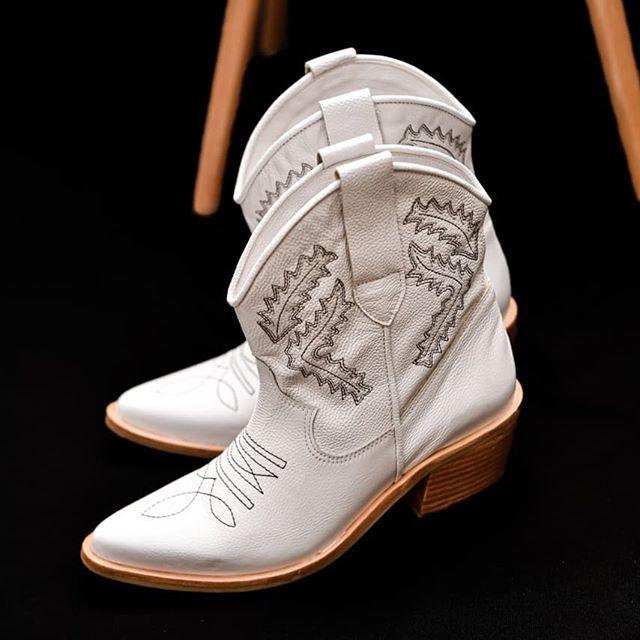botas blancas texanas verano 2021 mujer Tosone