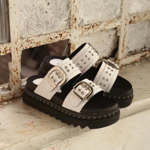 sandalias blancas y negras verano 2021 Calzado Fragola