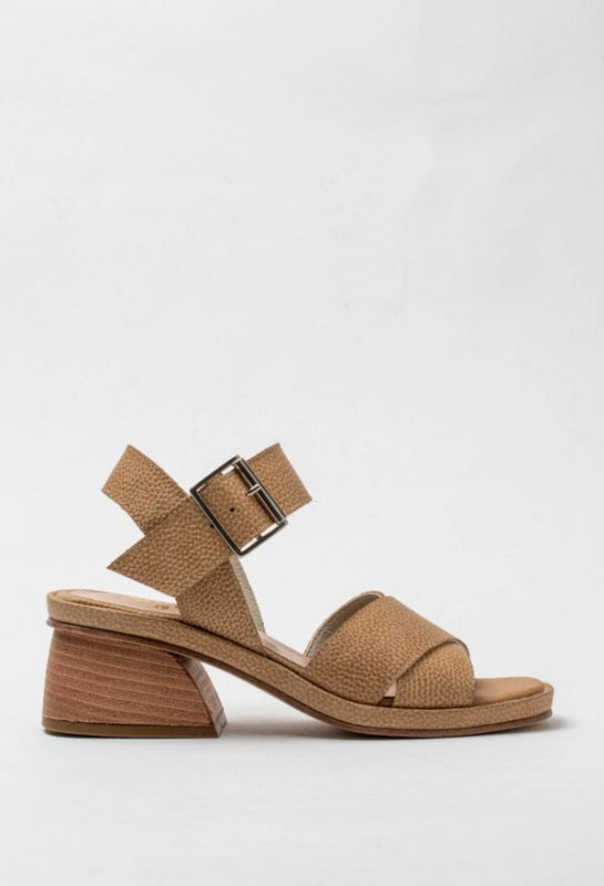 sandalias marrones taco medio verano 2021 Sofi Martire