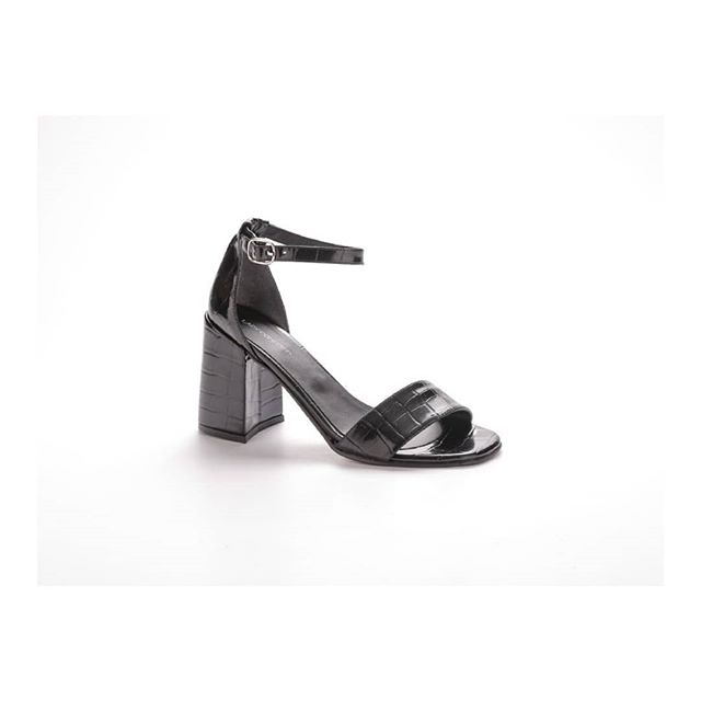sandalias negras verano 2021 Lady Comfort