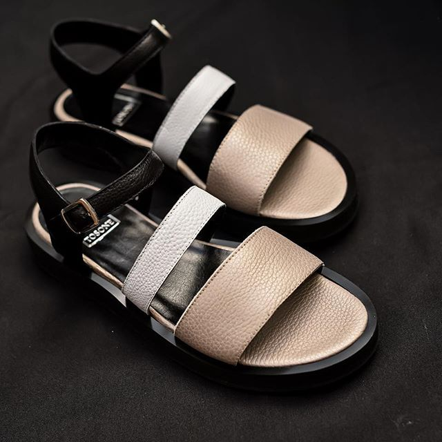 sandalias planas verano 2021 mujer Tosone