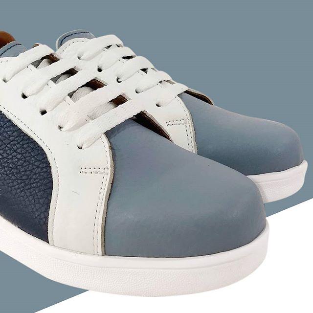 zapatillas blanca y azules para mujer Di Nizo verano 2021