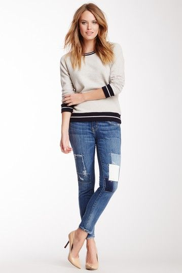 Jeans ajustados con stilettos