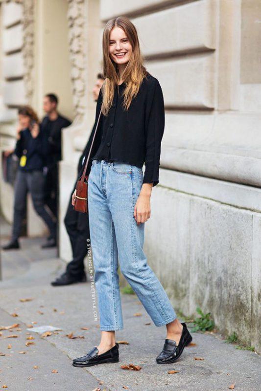 Outfits de mujer con mocasines y jeans boyfriend