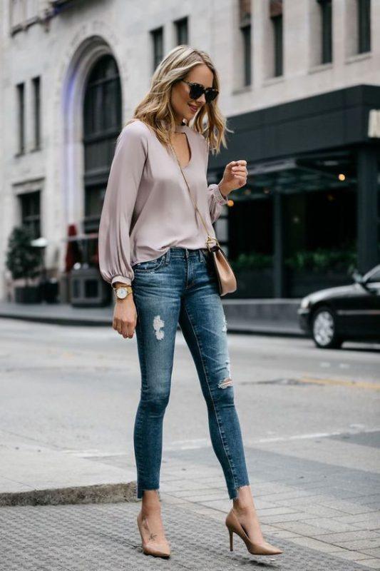 jeans con sitlettos color piel