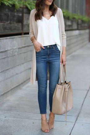 jeans con zapatos beige