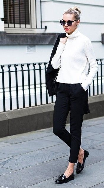 look para oficina con mocasines de charol para mujer