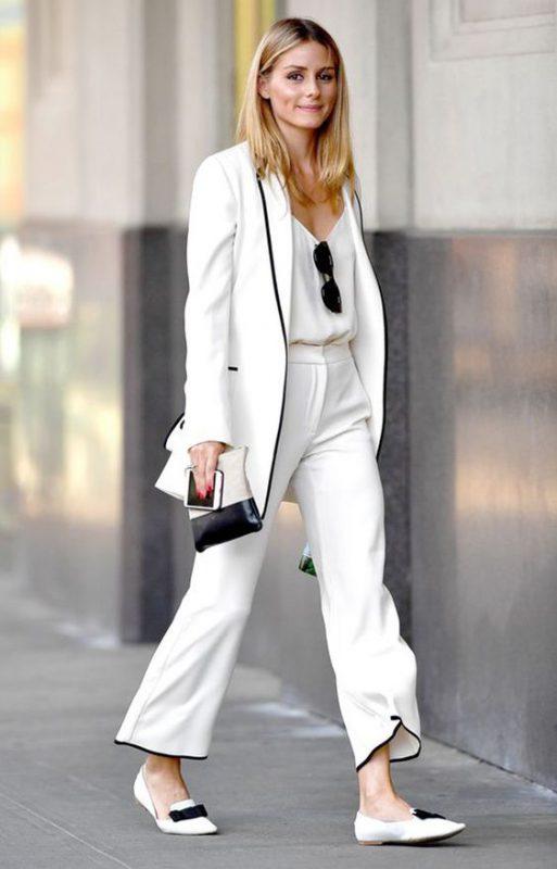 outfits con pantalones palazzo y zapatitos planos