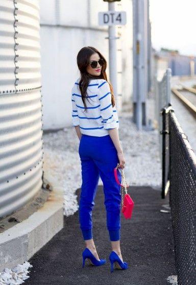 look en pantalones zapatos azules real o electrico