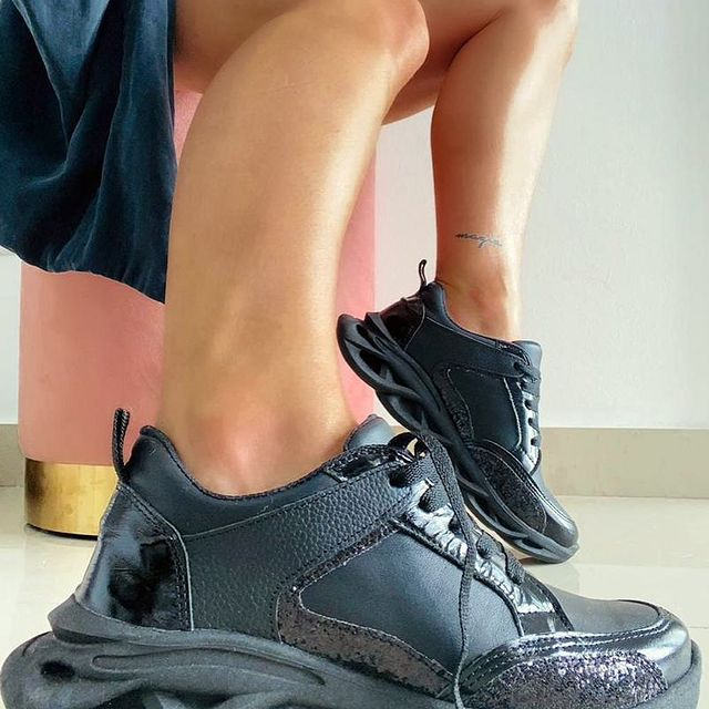 zapatillas negras invierno 2021 Malena Bs As