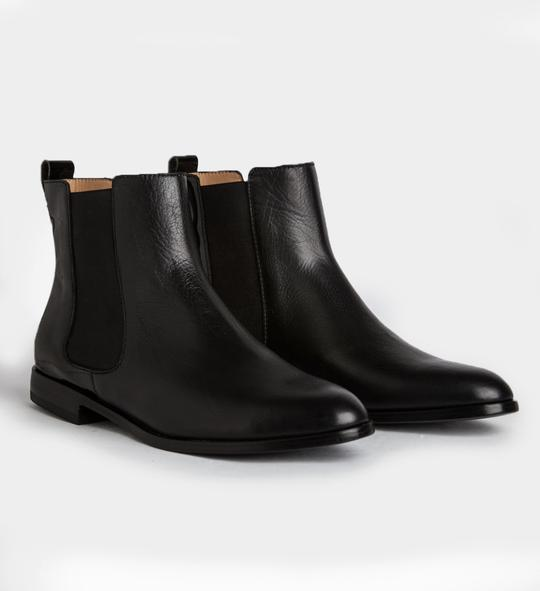 botitas negras punta fina invierno 2021 Ferroni calzado