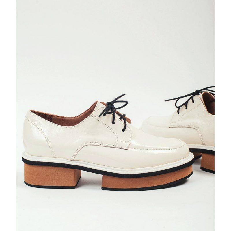 zapatos abotinados invierno 2021 Calzados Donne