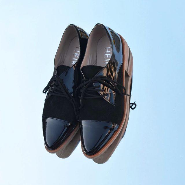 zapatos abotinados negros invierno 2021 Calzados Heiko