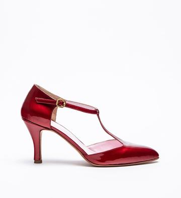 zapatos bordo de charol invierno 2021 Ferroni calzado