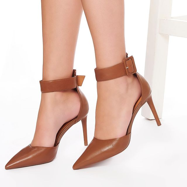 zapatos punta fina invierno 2021 Via Uno