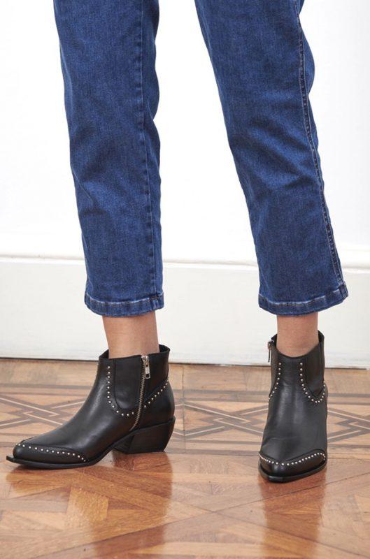 botitas punta fina con tachas invierno 2021 Chao Shoes
