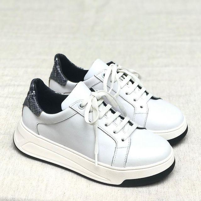 zapatillas blancas invierno 2021 Andrea Bo