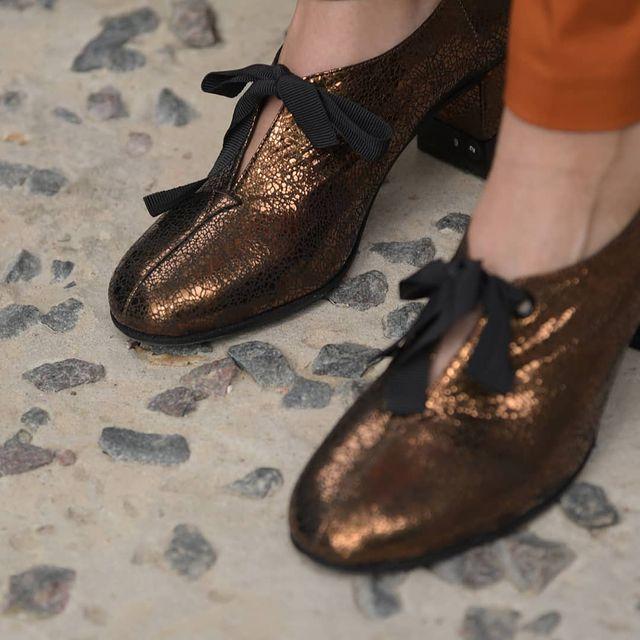 zapato dorado invierno 2021 Sylvie geronimi