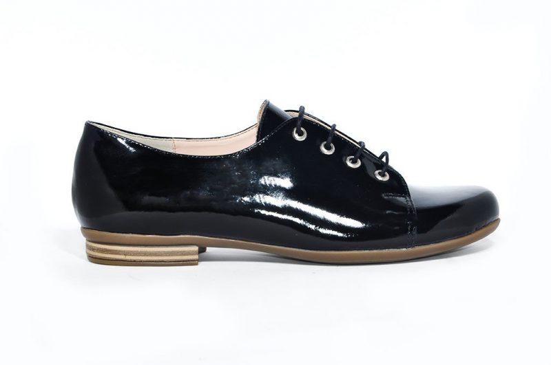 zapatos abotinados invierno 2021 Credo