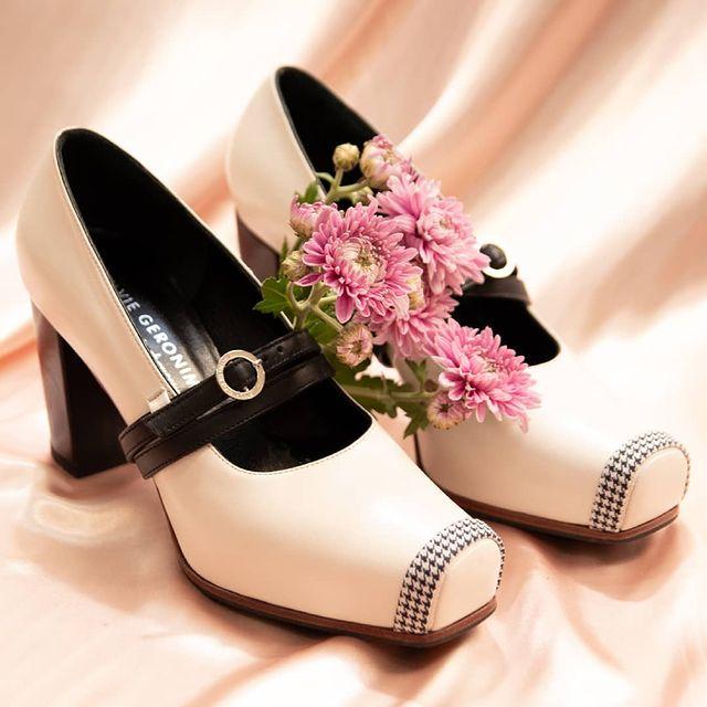 zapatos punta cuadrada invierno 2021 Sylvie geronimi