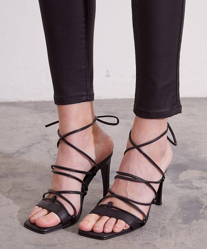 sandalias negras altas verano 2022 Kosiuko