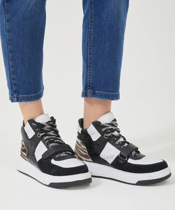 zapatillas en blanco y negro primavera verano 2022 Kosiuko