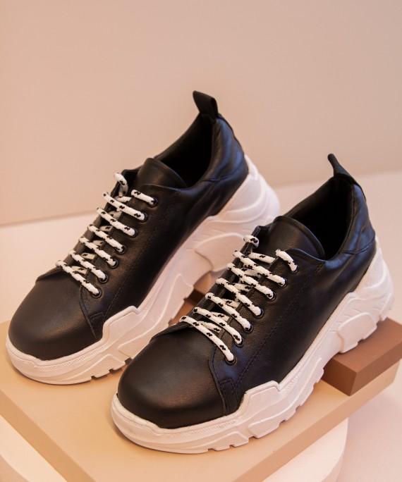 zapatillas negras verano 2022 Kosiuko