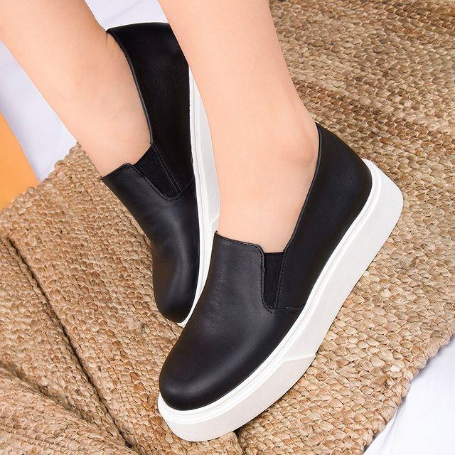 panchas negras simil cuero verano 2022 FIORI calzature