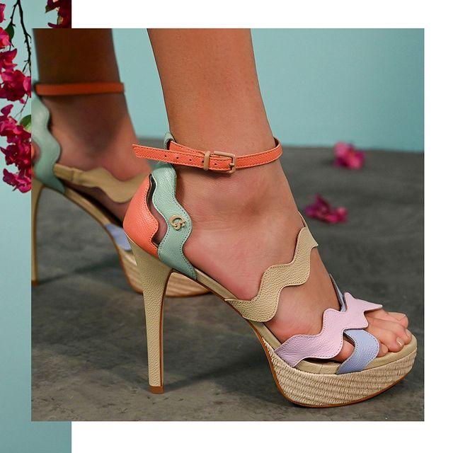 sandalias altas verano 2022 Carmen Steffens
