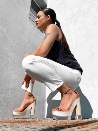 sandalias altas verano 2022 Lucia Diaz