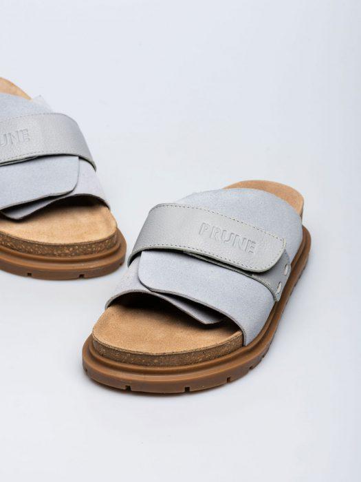 sandalias planas celestes verano 2022 Prune