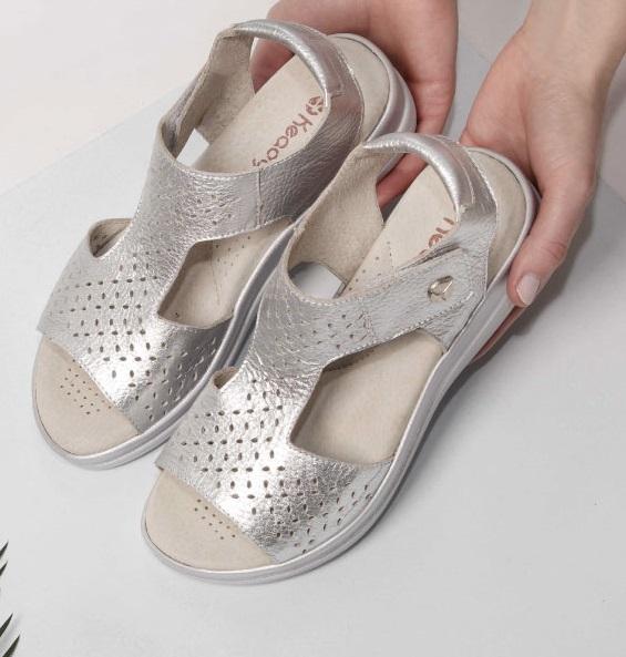 sandalias planas plateadas para senoras verano 2022 Keady