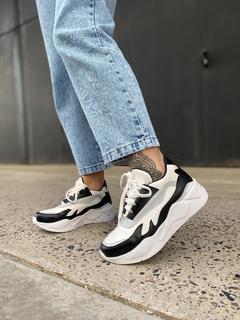 zapatillas en blanco y negro para mujer verano 2022 calzados Mannarino