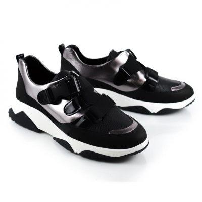 Zapatillas urbanas negras verano 2022 La Leopolda