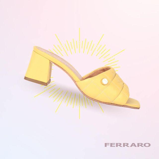 sandalias amarillas verano 2022 Ferraro