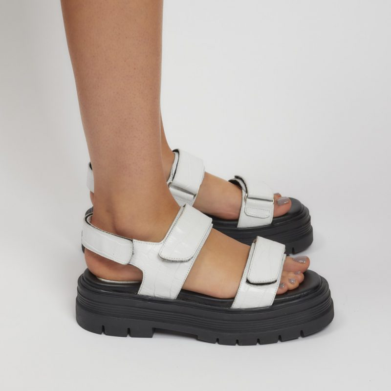 sandalias blancas verano 2022 Natacha