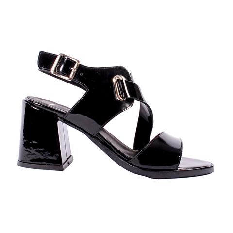 sandalias negras de charol verano 2022 Tosone Calzados